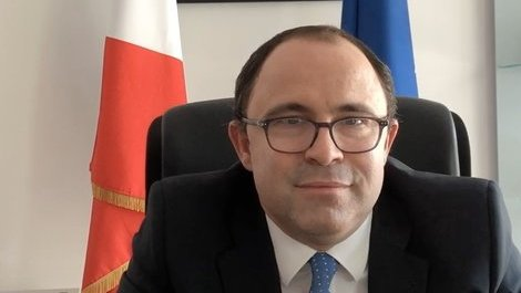 Message de l'Ambassadeur de France M. Arnaud Guillois à la communauté (...)